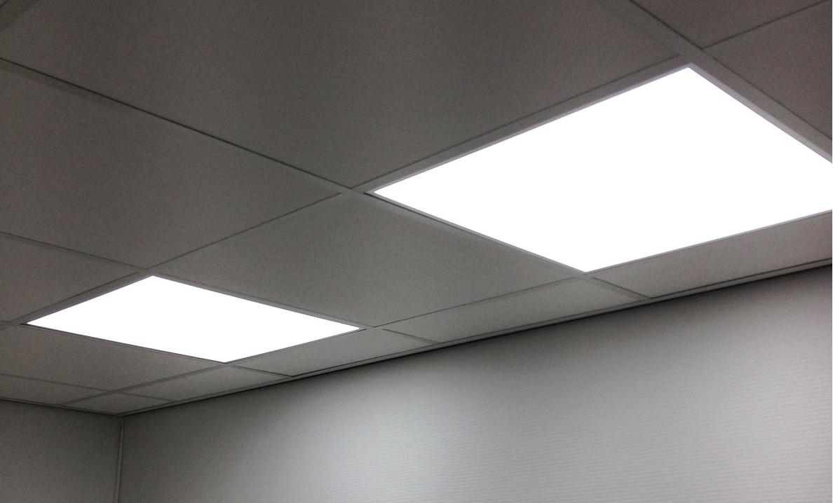 LED-panelen-60x50-ingebouwd